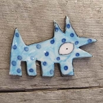 Wally pin - blue with dots
