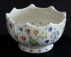The 'pass it on' potluck party bowl